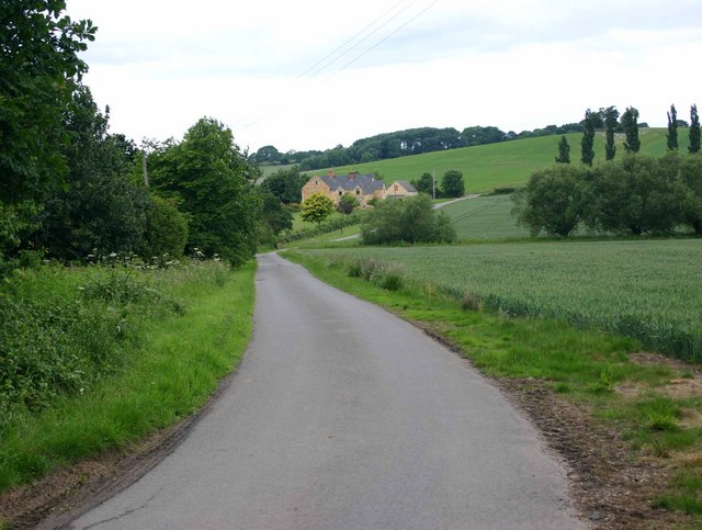 Driveway to Upper St Dennis Farm and Cottages