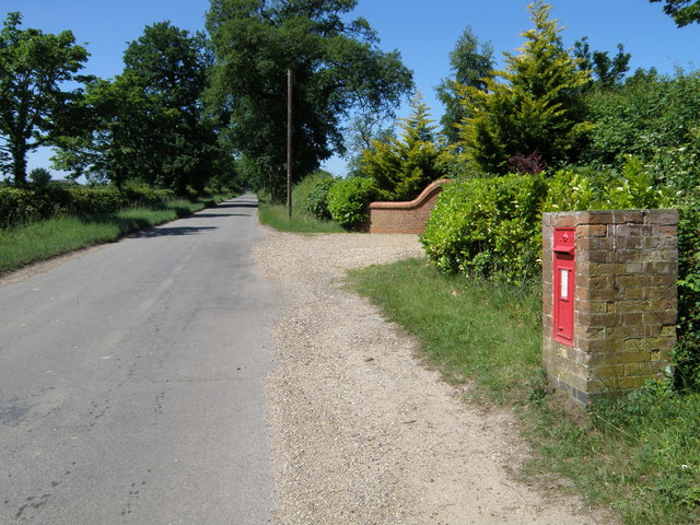 Postbox on Deopham road near Morley Manor