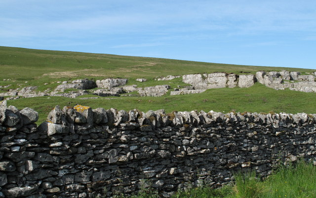Limestone Outcrop South of Fendrith Hill