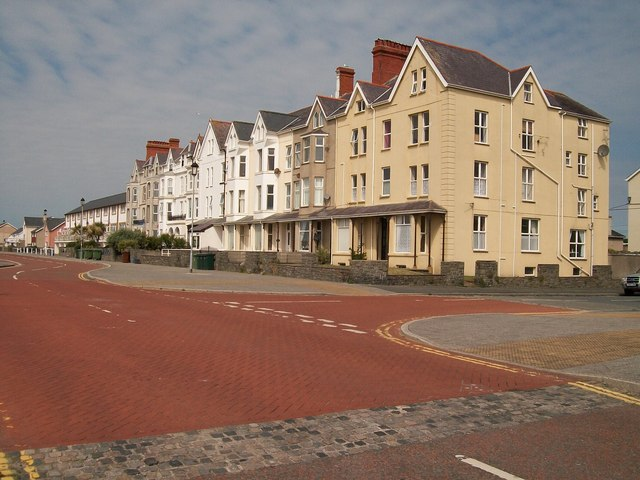 Victorian buildings at the eastern end of Pwllheli's Promenade