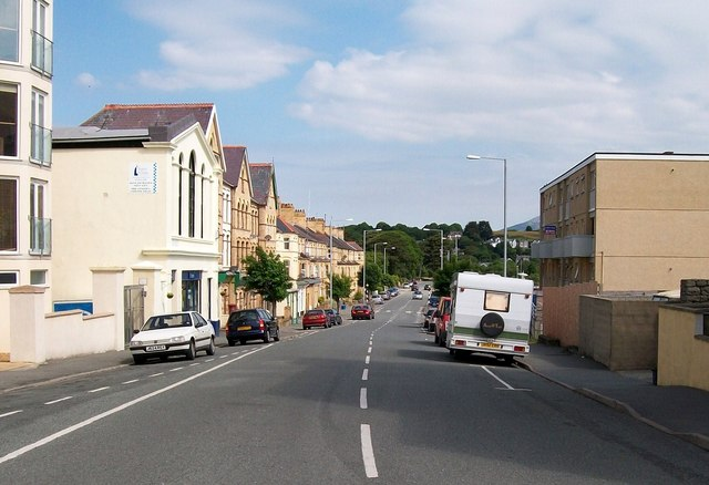 Cardiff Road from the Promenade