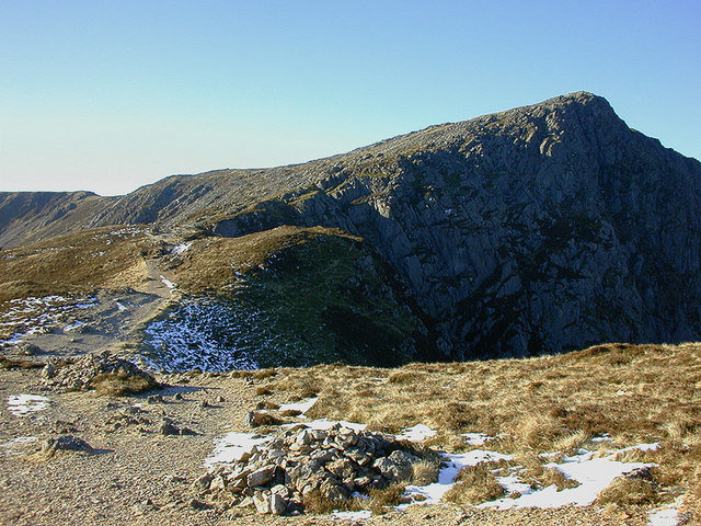 The Minffordd Path approaching Craig Cau