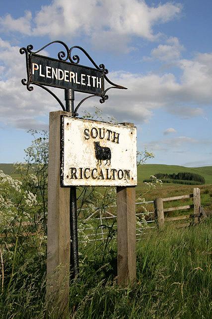 Plenderleith and South Riccalton Farm signs