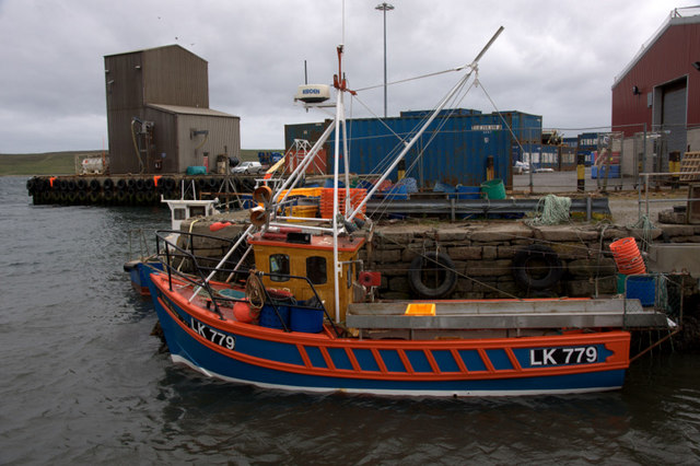 June Rose, LK 779, Skipidock, Lerwick