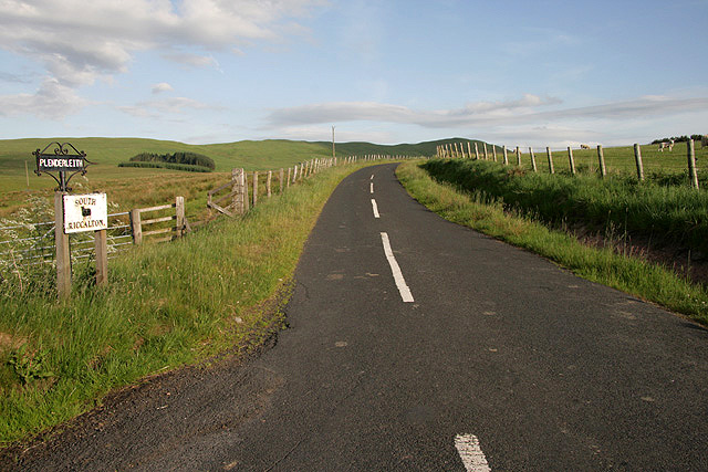 The road to Plenderleith and South Riccalton Farms