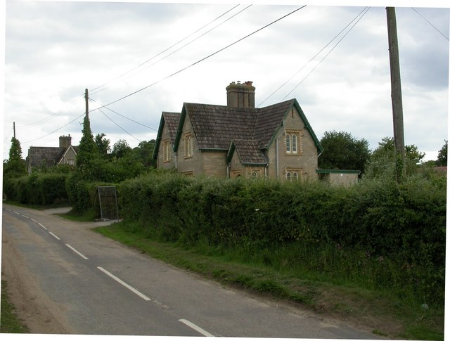 Ashington, Lady Wimborne Cottages