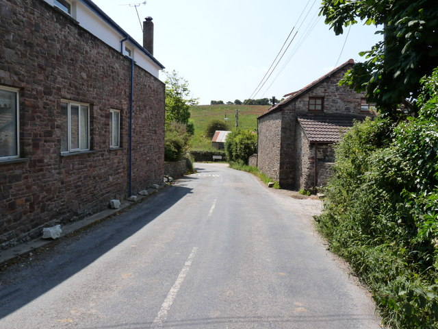 Approaching Georgeham on Inclesdon Hill