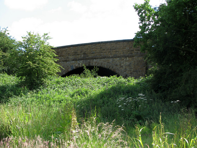 Former railway bridge on the GN&LNWR line