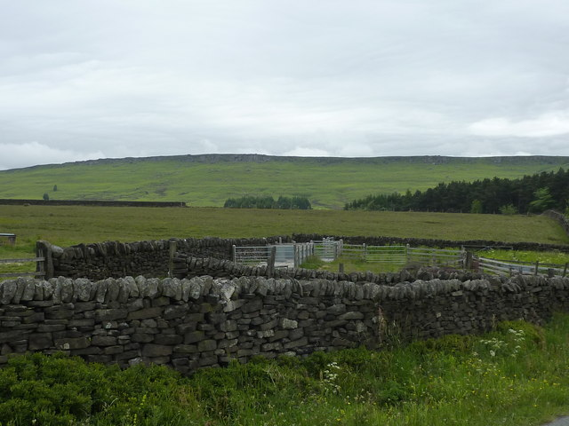 Sheepfold and Stanage Edge