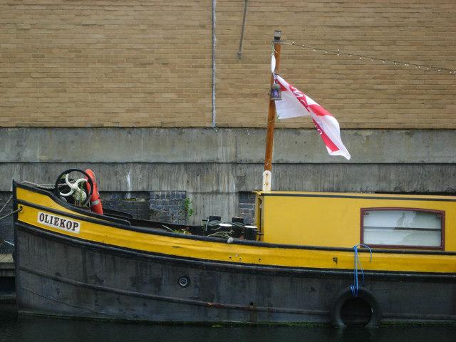 'Oliekop' on the Regent's Canal