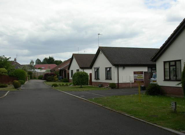 Hayes, bungalows
