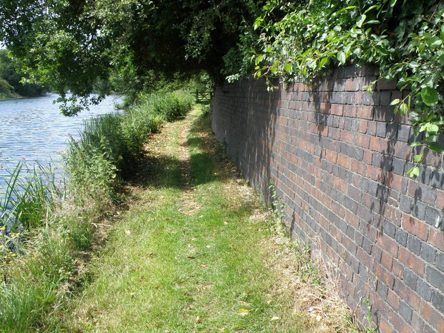 Buttress Wall for an old railway embankment
