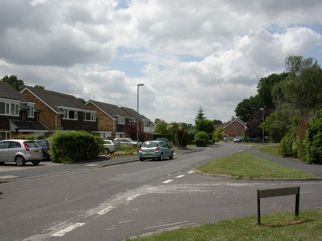 Colehill, Cutlers Place