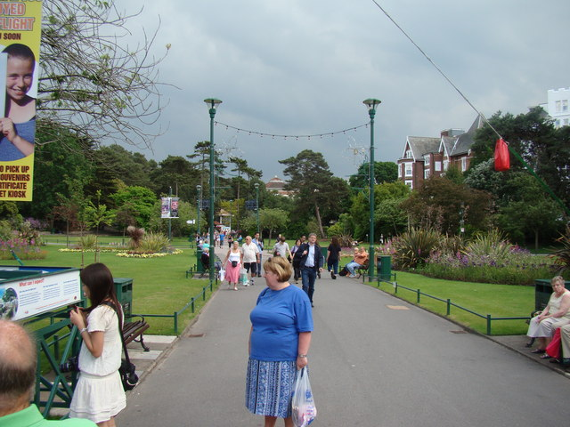 Main path in Lower Gardens #2