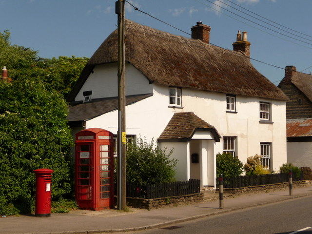 Shillingstone: cottage, postbox and phone box