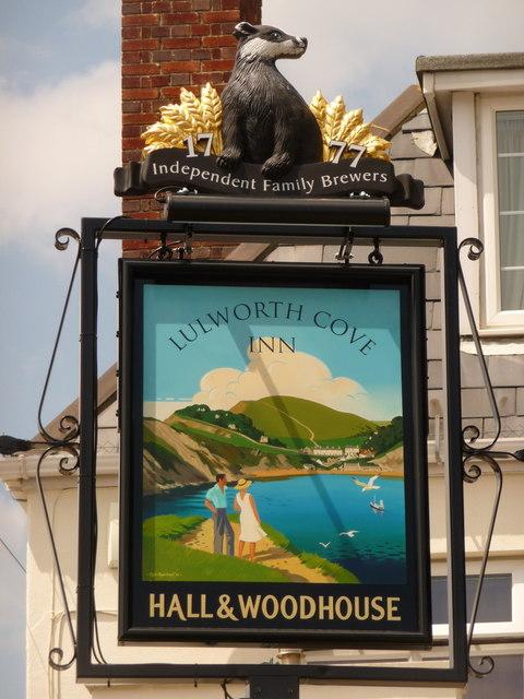 West Lulworth: sign for the Lulworth Cove Inn
