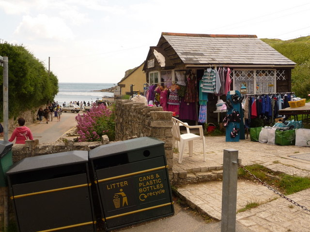 West Lulworth: the Little Shop
