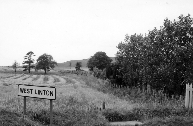 Site of Broomlee (for West Linton) Station