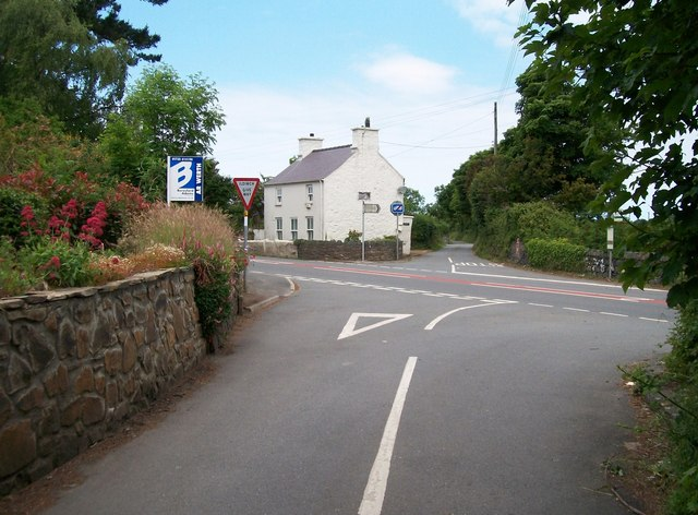 Crossroads on the A499 east of Penrhos