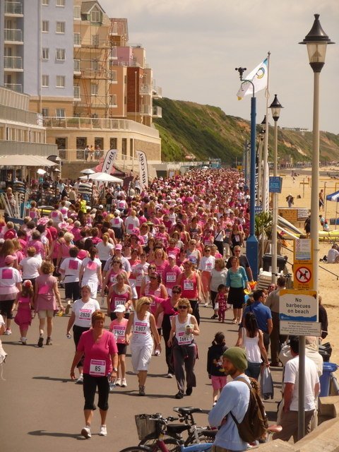 Boscombe: pinkness on the prom