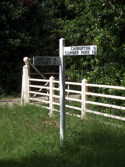 Signpost between Cuckney and Clumber