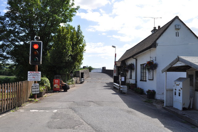 Toll house and traffic light at Whitney-on-Wye