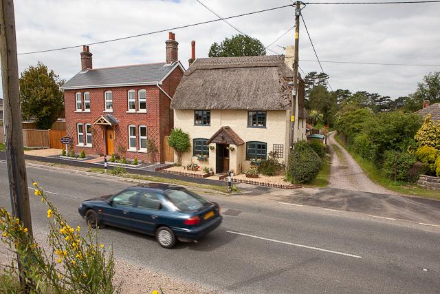 Jessamine Cottage, Kingston and track beside it