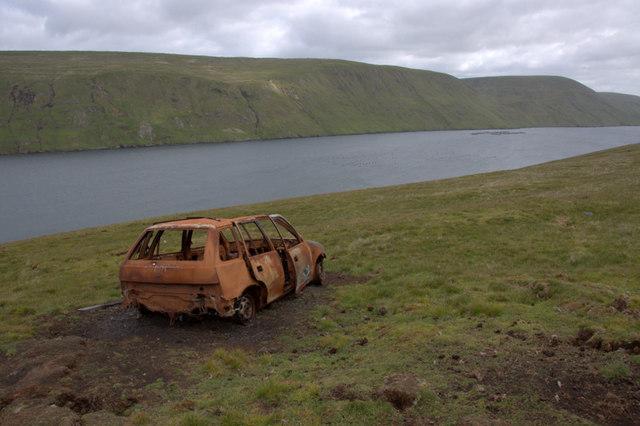 Burnt-out car, Easter Heog, East Burra