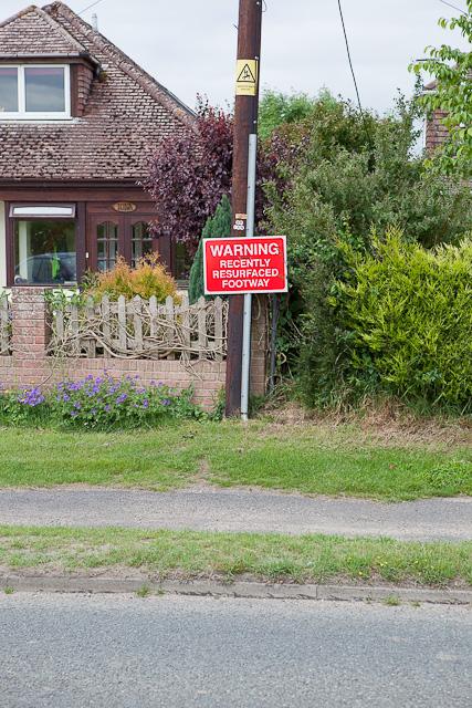 Pointless safety notice on B3347 at Kingston