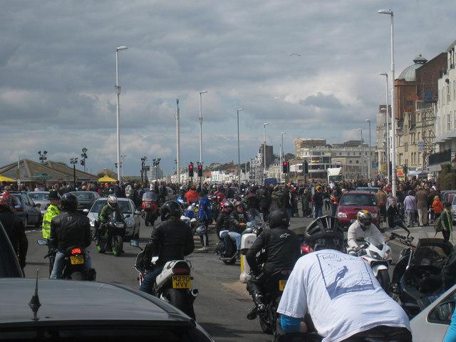 Traffic Chaos on Marine Parade