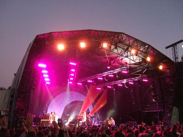 Keane on stage