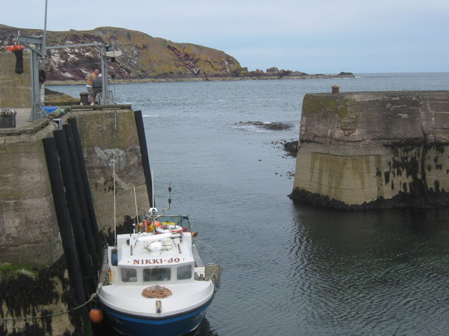 Harbour entrance at St Abbs