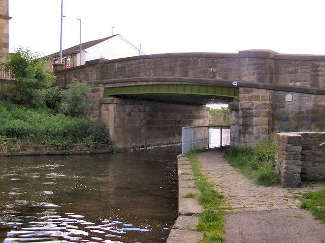 Leeds and Liverpool Canal Bridge 114B