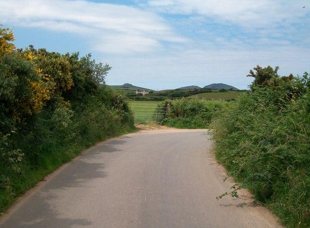 Sharp bend in the Gellidara road