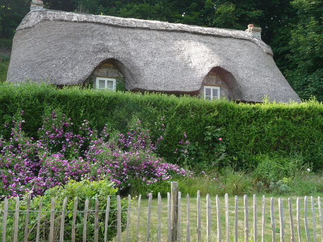 Thatched cottage near the Dunraven Bay Heritage Centre