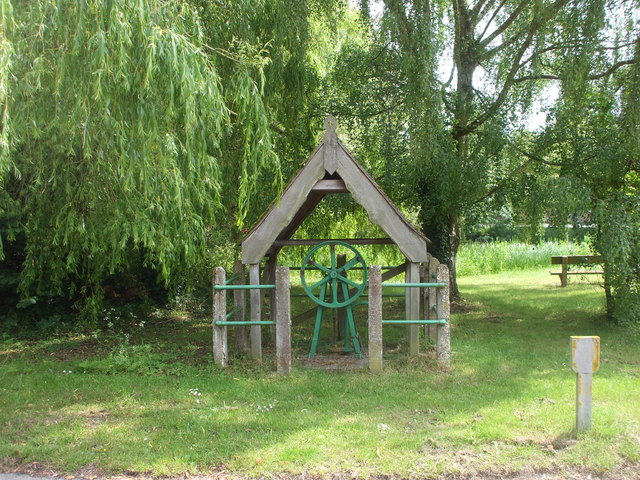 Village pump, East Ilsley