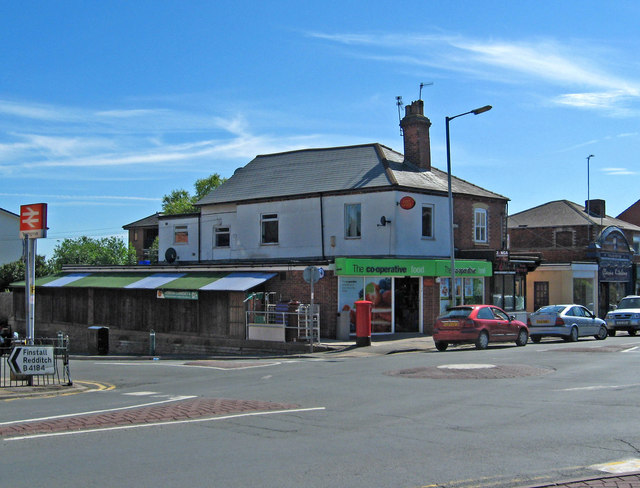 Co-operative Food Store & Post Office, 1 Stoke Road