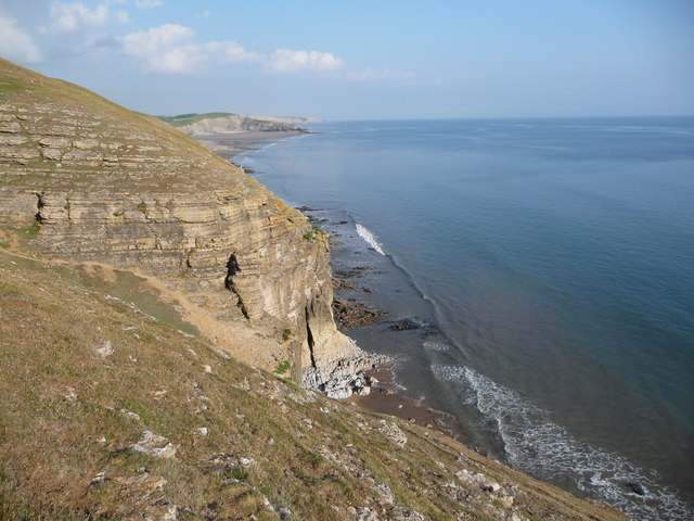 Cliffs on the Glamorgan Heritage Coast near Dunraven Bay