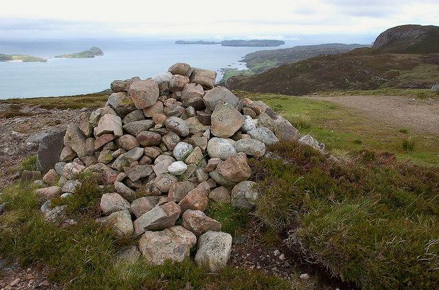 Summit cairn, Ben Tongue