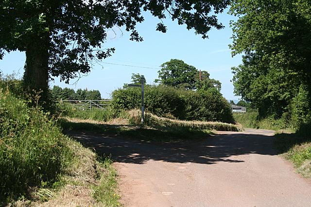 Sampford Peverell: Stonesland Cross