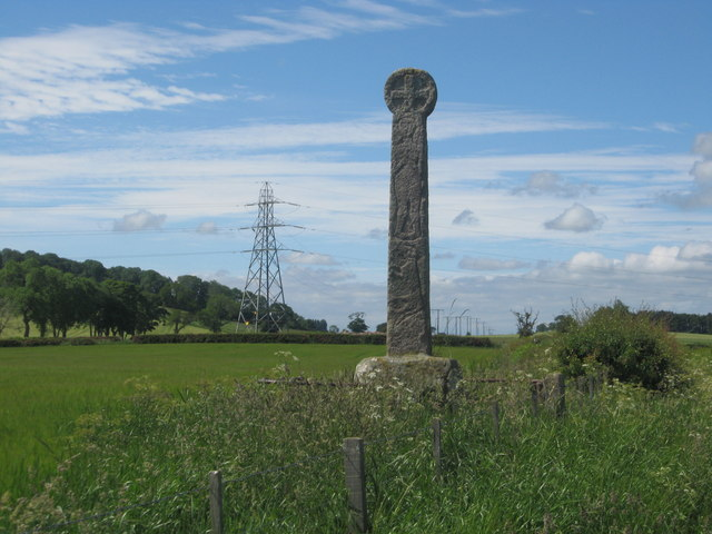 Ancient cross near Crosshall Farm