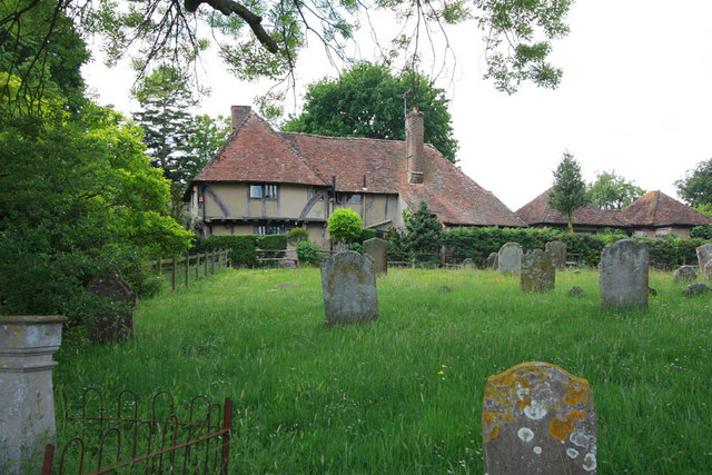 St Mary, Stone in Oxney, Kent - Churchyard