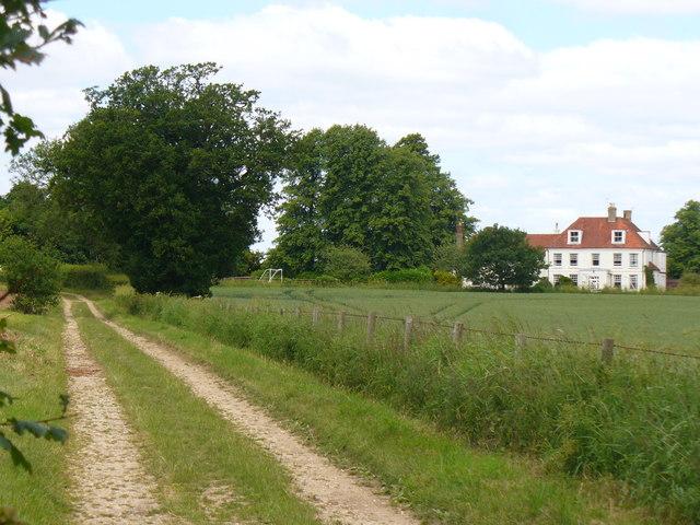 Footpath near Lord Wandsworth College