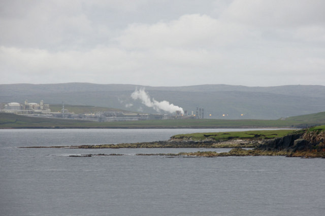 South end of Little Roe and Sullom Voe Terminal
