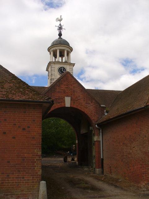 Gateway near Hyde Farm