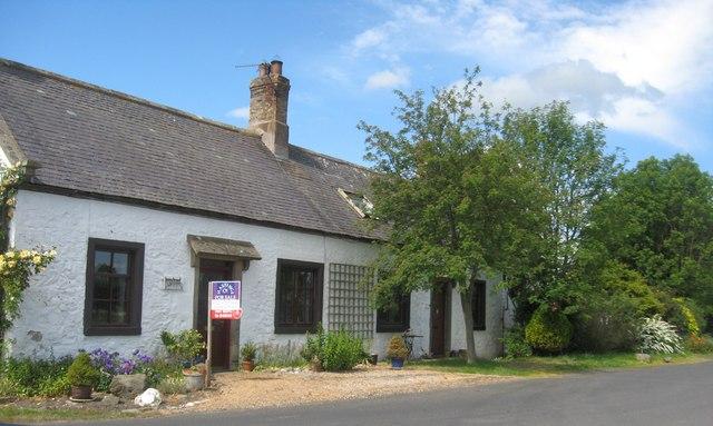 Cottages near Belmont Farm