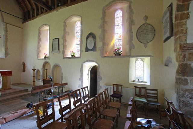 St Peter & St Paul, Peasmarsh, Sussex - Chancel