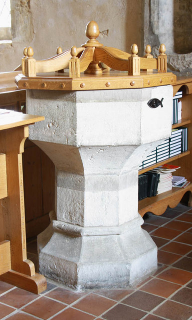 All Saints, Iden, Sussex - Font