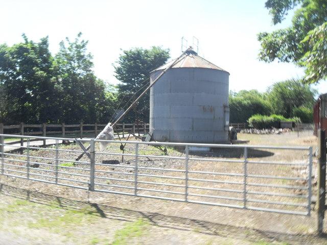 Silo at Dean's Farm, Pennington