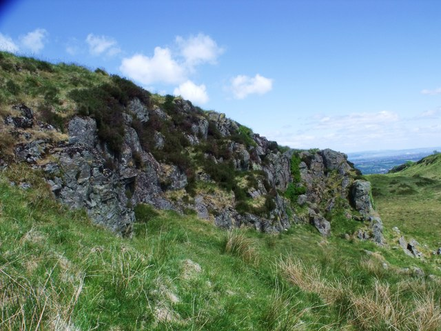 Crags on Denny Muir
